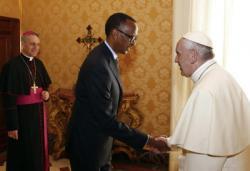 """Giáo Hoàng Francis xin tha thứ """"tội lỗi của hàng giáo phẩm và con chiên"""" tại Rwanda"""